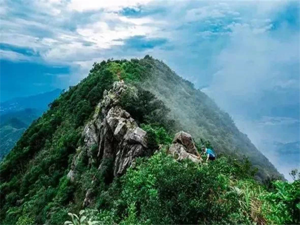深圳市周边农家乐可以登山推荐-七娘山野炊山庄